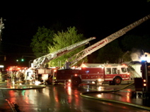 http://www.garrettharding.com/photos/Nikon Results May 2007/4 West Concord Fire - Two Ladder Trucks thumb.jpg