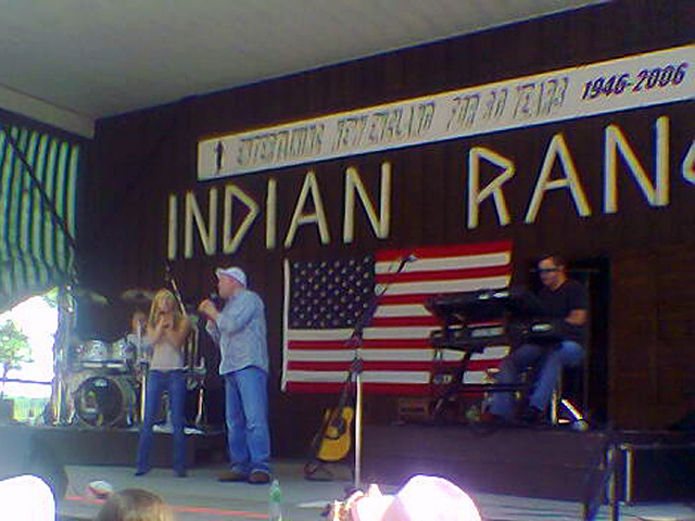 Collin Raye and his daughter Brittany sing together